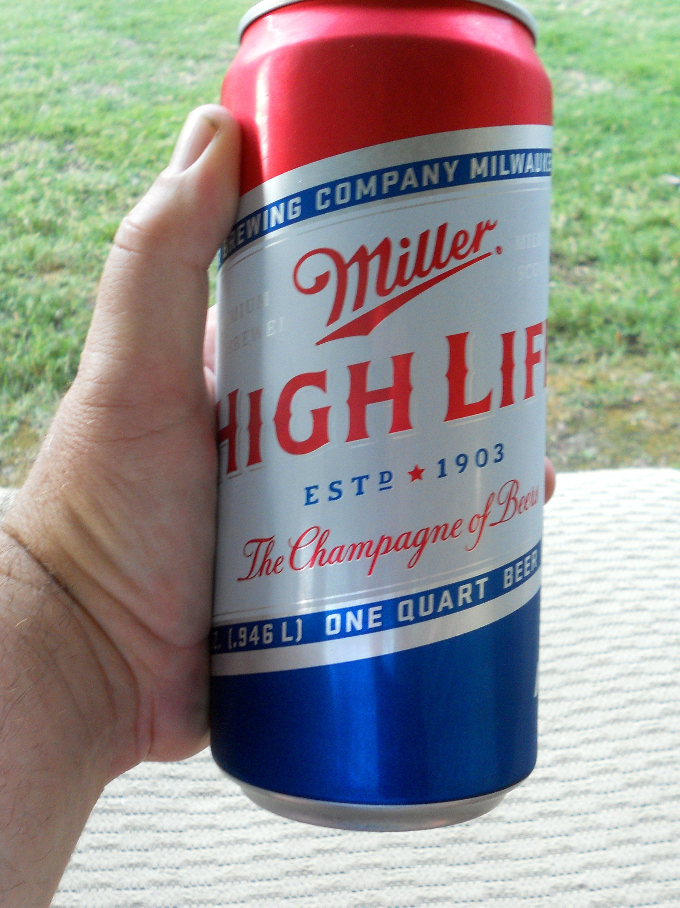 Shite and Onions: Miller High Life | Tilting Suds